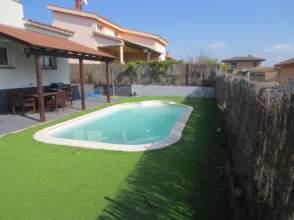 Casa unifamiliar en venta en Aiguaviva. de 2ª mano - 5316