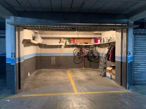 Garage for sale in Centre