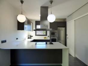 Casa en venta en Bescanó de 2ª mano - 316