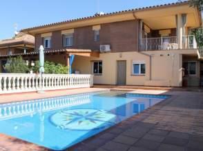 Casa en venta en Urbanització Vallcanera