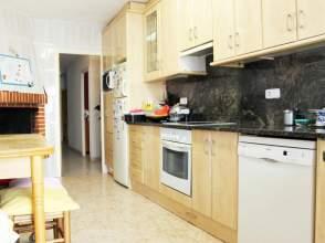 Casa en venta en Comajuliana de 2ª mano - 381