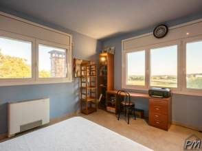 Casa en venta en Riudellots  de 2ª mano - 901