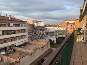Último piso en venta en Mejor Zona Can Gibert del Pla de 2ª mano - 1306