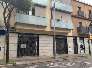 Local comercial en lloguer en Eixample