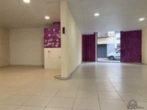 Local comercial en alquiler en Eixample de 2ª mano - 4461