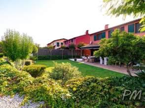 Casa en venta en Sant Julià de Ramis de 2ª mano - 4561
