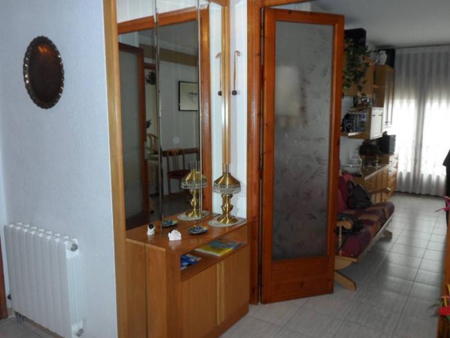 Fincas tortosa piso en alquiler en canet de mar por 585 for Pisos alquiler canet de mar
